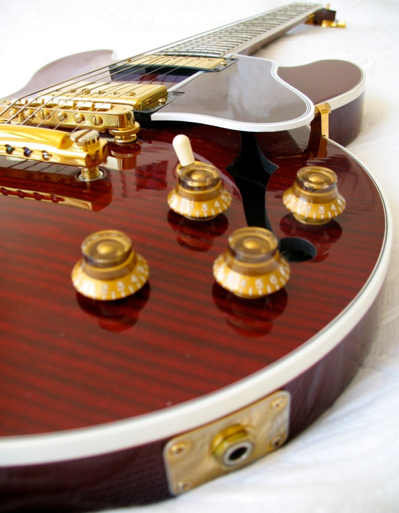 Gibson_ES346_red