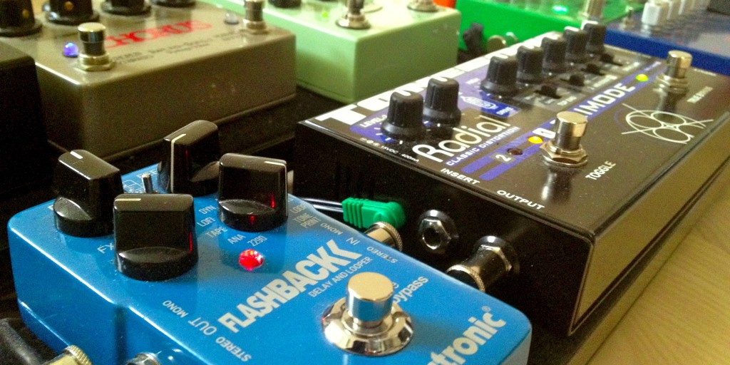 The tc electronic Flashback delay in Soren Reiff's pedalboard